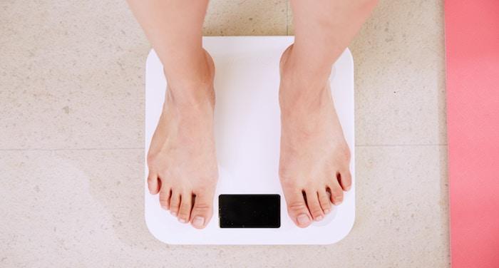 敷布団の硬さの選び方①体重で選ぶ