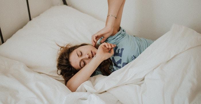 ベッドでマットレスがずれる原因は主に3つ