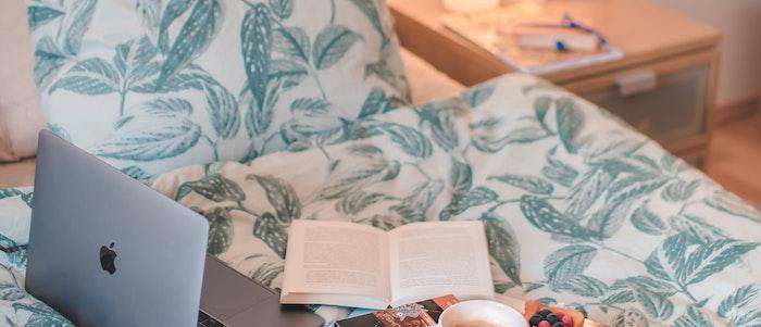 マットレスに敷布団を重ねる際の正しい作法