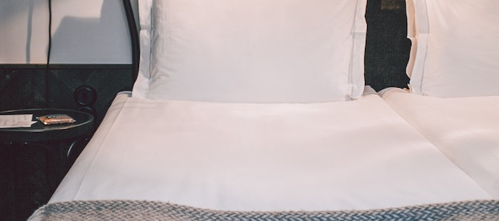 ベッドマットレスの隙間を埋めるにはすきまパッドが必須?