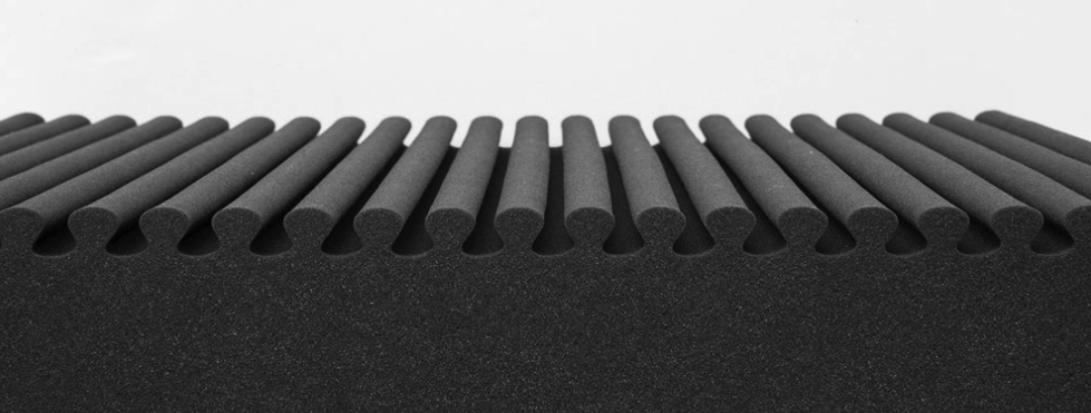 表面のウェーブで体圧分散が高い構造